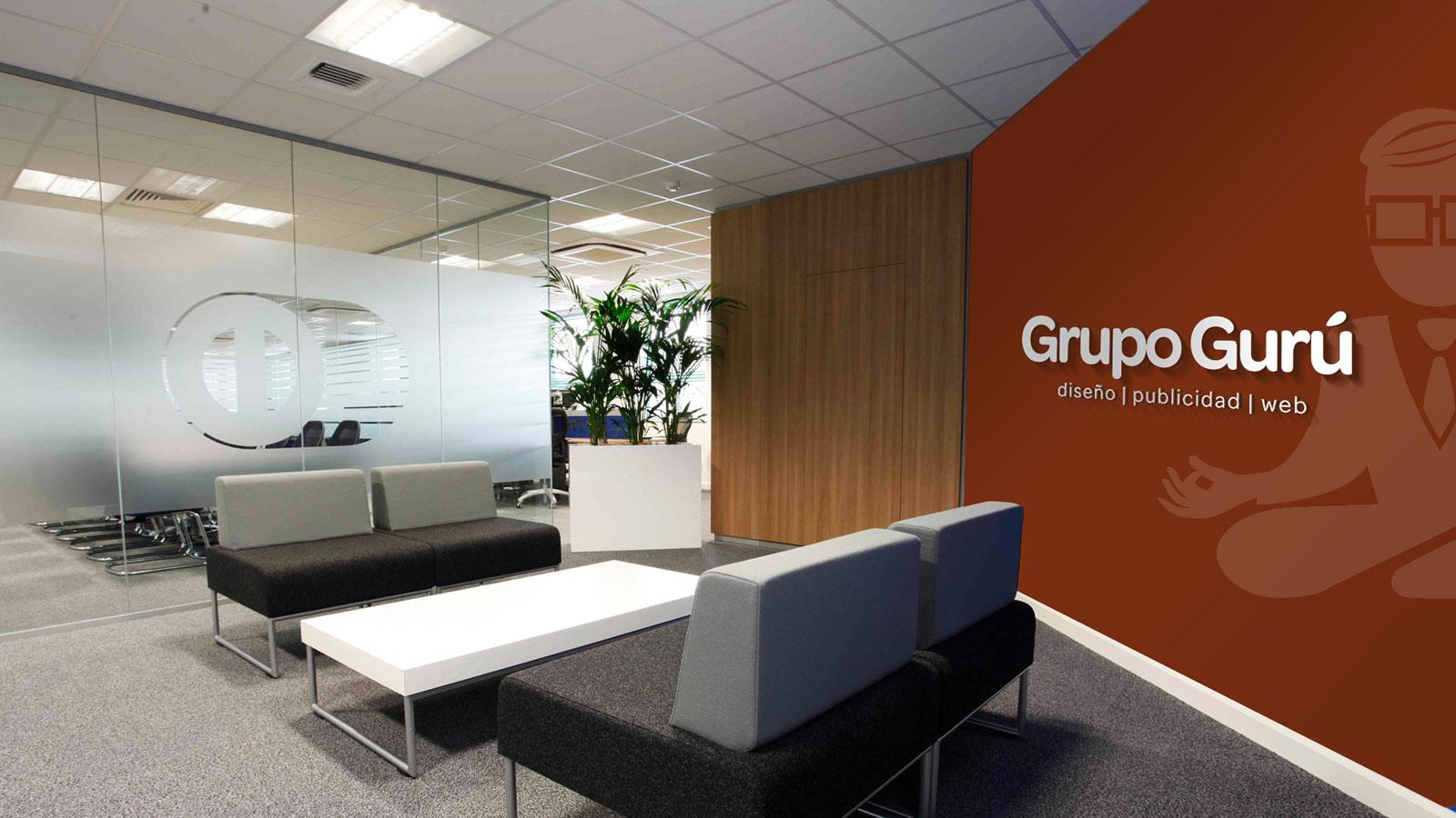 Oficinas corporativas en proceso for Diseno de oficinas corporativas